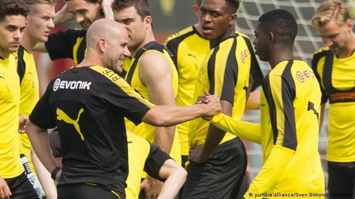 Fußball Bundesliga BVB Borussia Dortmund Peter Bosz