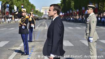 Emmanuel Macron em desfile militar do Dia da Bastilha