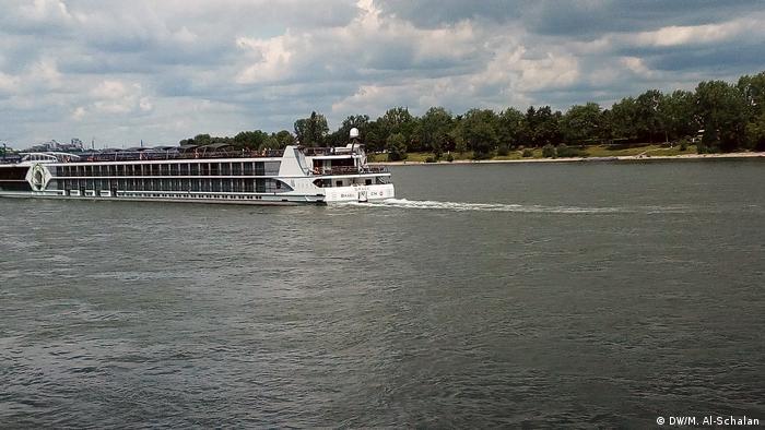 Deutschland Binnenschiffahrt am Rhein