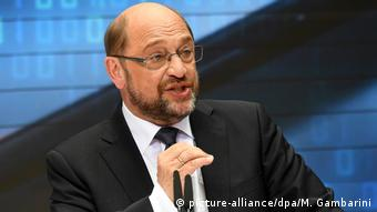 Martin Schulz speaks in Berlin (picture-alliance/dpa/M. Gambarini)