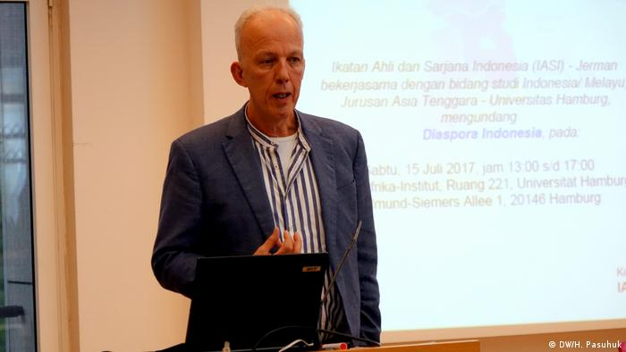 Tagung Verband Deutsch-Indonesischer Fachkräfte und Akademiker (DW/H. Pasuhuk)