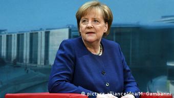 Άγκελα Μέρκελ: «Δεν πρόκειται να δεχθώ ανώτατο όριο προσφύγων»