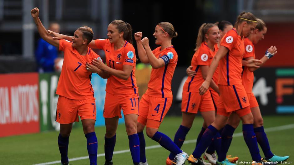 Women′s Euro 2017: Hosts Netherlands impress to win opener ...