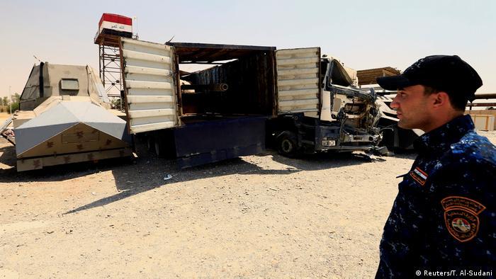 Irak Mossul Fahrzeuge, vom IS für Selbstmordanschläge genutzt (Reuters/T. A   l-Sudani)