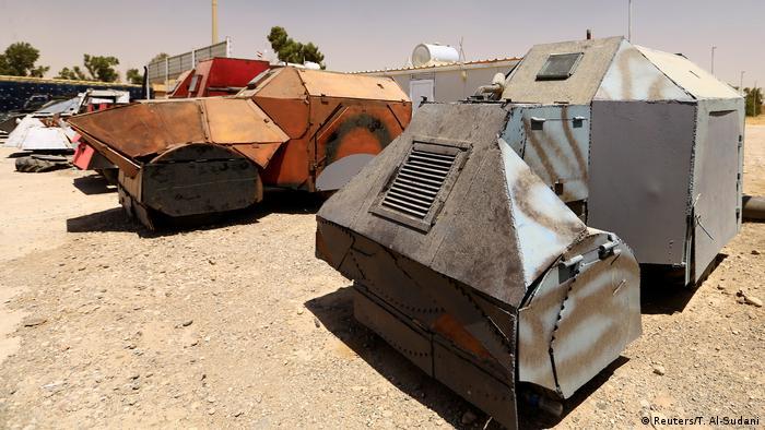 Irak Mossul Fahrzeuge, vom IS für Selbstmordanschläge genutzt (Reuters/T. Al-Sudani)