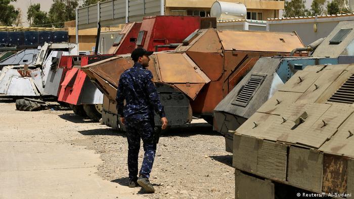 Irak Mossul Fahrzeuge, vom IS für Selbstmord   anschläge genutzt (Reuters/T. Al-Sudani)