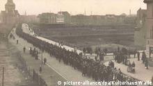 Deutschland - Amoklauf vor 100 Jahren: Trauerzug in Bremen
