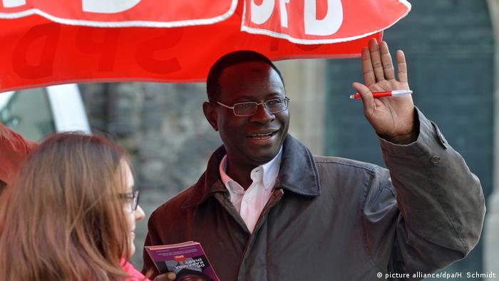 Deutschland SPD Wahlkampf in Halle - Karamba Diaby (picture alliance/dpa/H. Schmidt)