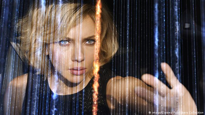 Film still from Lucy with Scarlett Johansson 2014 (imago/Cinema Publishers Collection)