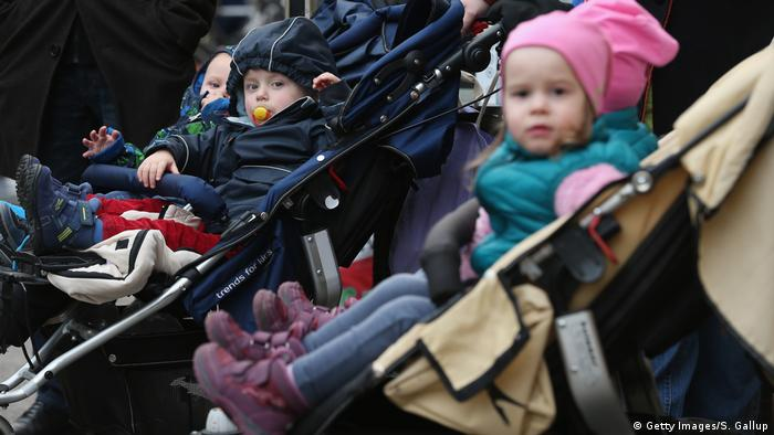 Berlin - junge Paare - Eltern - Kinder (Getty Images/S. Gallup)