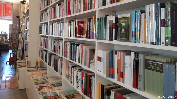 Books on bookshelves (DW/T. Walker)