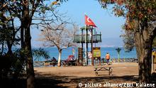 """""""Imagínese que es verano y nadie nos visita"""", playa del Milli Parki en Kusadasi, Turquía."""