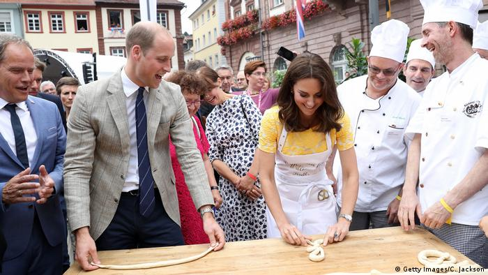 Duke and Duchess of Cambridge on market square in Heidelberg (Getty Images/C. Jackson)