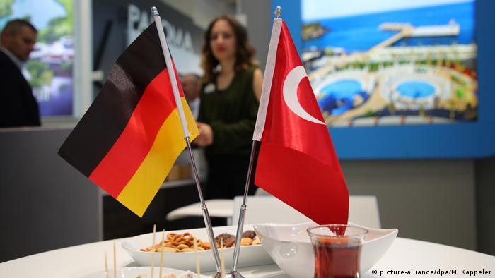 Symbolbild Deutschland & Türkei Tourismus (picture-alliance/dpa/M. Kappeler)