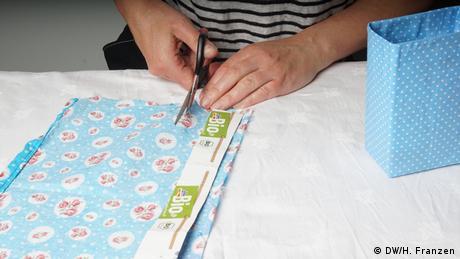 Eine Tetrapak Tasche selber basteln (DW/H. Franzen)