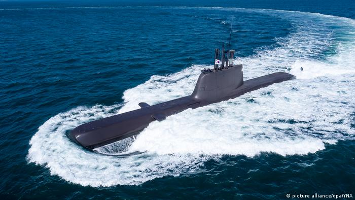 Südkorea Neues U-Boot der Klasse 214 (picture alliance/dpa/YNA)