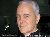Британският епископ Ричард Уилямсън