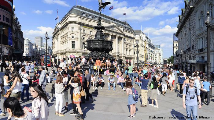 UK London Piccadilly Circus (picture alliance/Sven Simon/F. Hörmann)