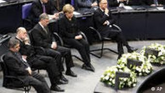 Köhler, Merkel and others in the German parliament
