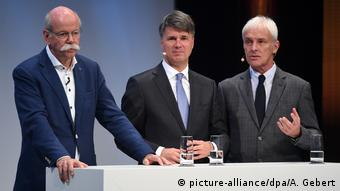 Νέα θύελλα για τους επικεφαλής της Daimler, BMW και VW;
