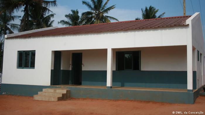 Mosambik Eine Million meticais pro Bezirksleitung (DW/L. da Conceição)