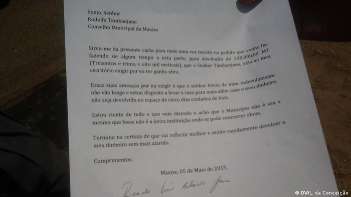 Mosambik Auftragnehmer verlangt Geld zurück (DW/L. da Conceição)