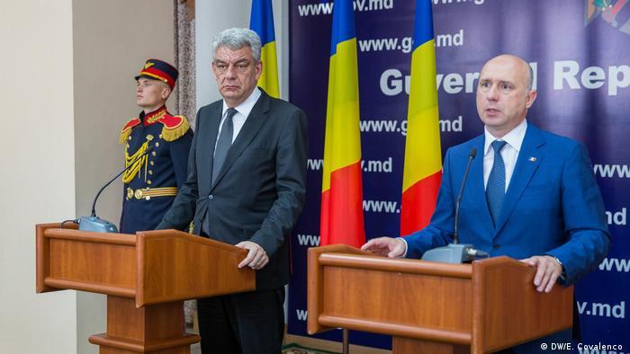 Premierii Mihai Tudose și Pavel Filip la Chișinău