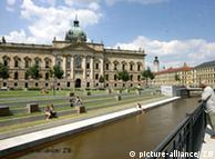 Mendelssohn-Ufer in Leipzig Foto: Waltraud Grubitzsch, dpa