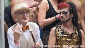 Christopher Street Day parade in Berlin (Picture Alliance/dpa/J. Carstensen)