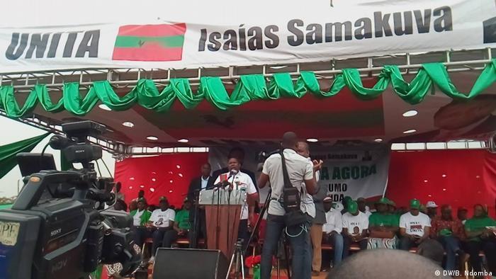 Angola Wahlkampf der Opposition UNITA in Luanda | Isaías Samakuva (DW/B. Ndomba)