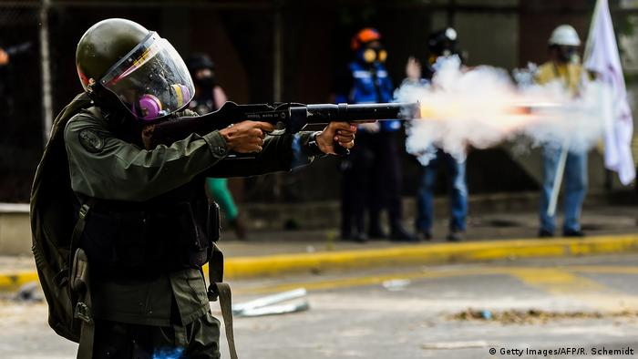 Venezuela - Unruhe (Getty Images/AFP/R. Schemidt)