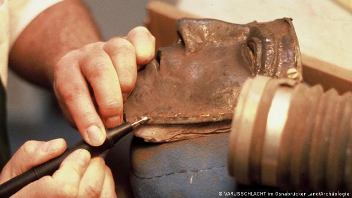 Roman mask found at Kalkriese (VARUSSCHLACHT im Osnabrücker Land/Archäologie)