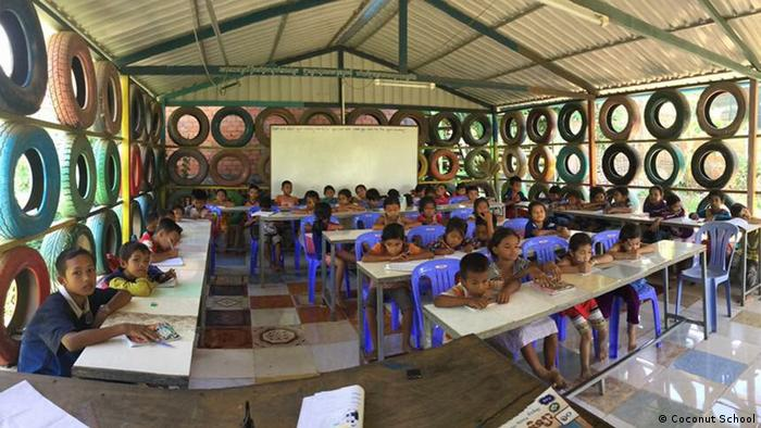 Kambodscha - Coconut School Cambodia (Coconut School)