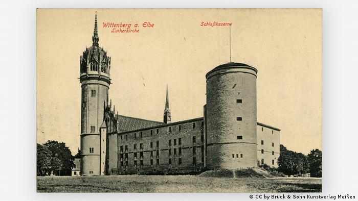Храм и замок на открытке 1906 года