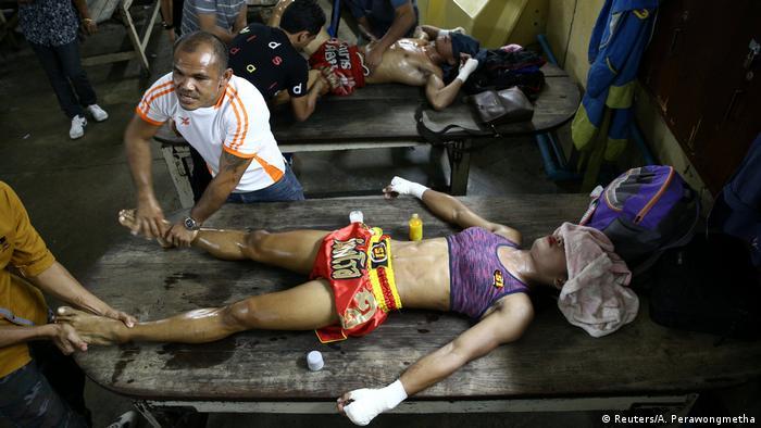 Transsexualler Boxer kämpft für die Akzeptanz (Reuters/A. Perawongmetha)