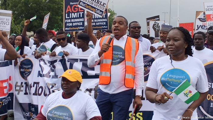 Nigeria - Jugenddemonstration not too young in Abuja (Uwais Abubakar Idris)