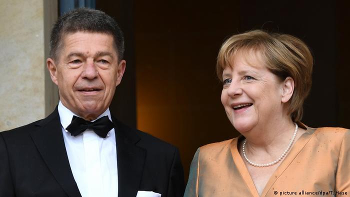 Joachim Sauer e Angela Merkel durante o festival de ópera de Richard Wagner de Bayreuth em 2017