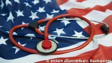 Gesundheitsreform in den USA. Stethoskop auf der US Flagge