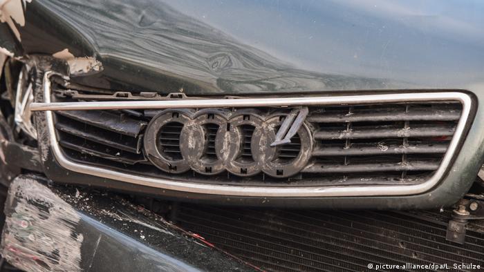 Audi - Beschädigte Autofront