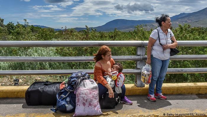 Refugiados venezuelanos nas proximidades da cidade colombiana de Cúcuta, na fronteira com a Venezuela.