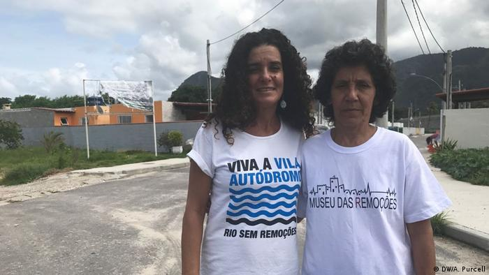 Community leader Sandra Maria de Souza (left) and her friend Maria da Penha of the favela Vila Autodromo
