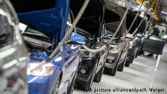 Конвейер завода BMW в баварском Дингольфинге