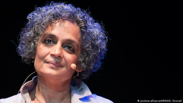 Arundhati Roy (Picture alliance/AP Photo/G. Onorati/Ansa)