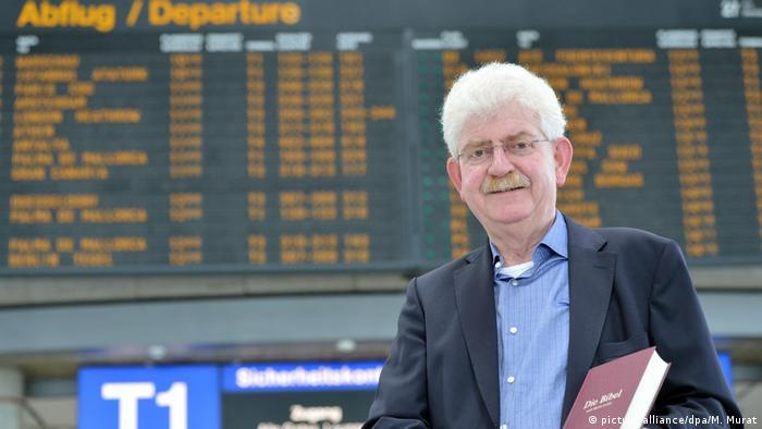 Deutschland Airport-Pfarrer Dieter Kleinmann
