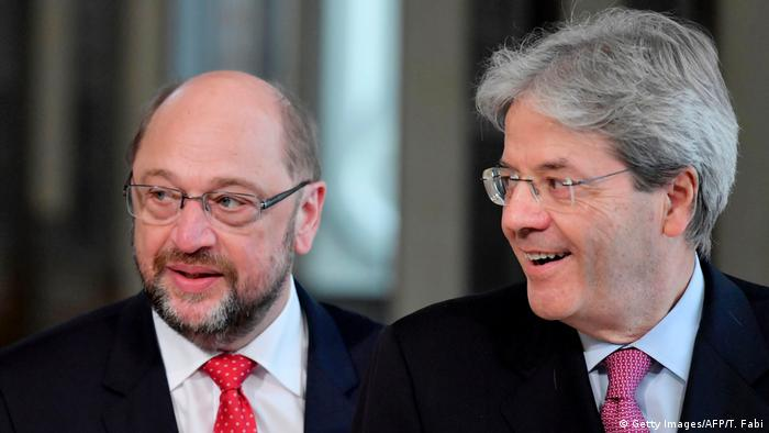 SPD's Martin Schulz in Rome with Italian Prime Minister Paolo Gentiloni (Getty Images/AFP/T. Fabi)