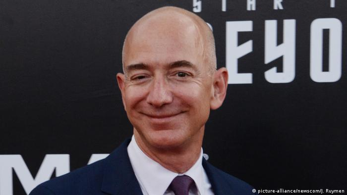 Amazon Gründer und CEO Jeff Bezos (picture-alliance/newscom/J. Ruymen)