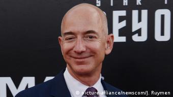 Основатель и шеф Amazon Джефф Безос