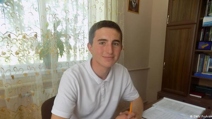 Олег Карапінка (22 роки), Дроздовичі і Галичани, Львівська область