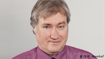 Доктор Клаус Долл