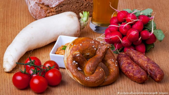 Bavarian Brotzeit (picture-alliance/chromorange/B. Jürgens)